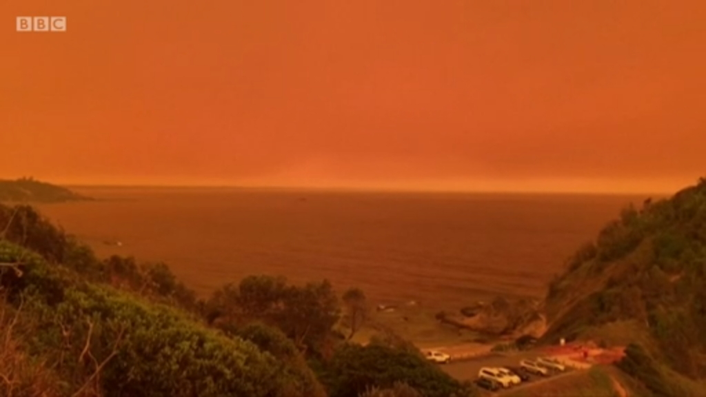 Skies turn orange over New South Wales from a record number of emergency-level bushfires, 8 November 2019. Photo: BBC News