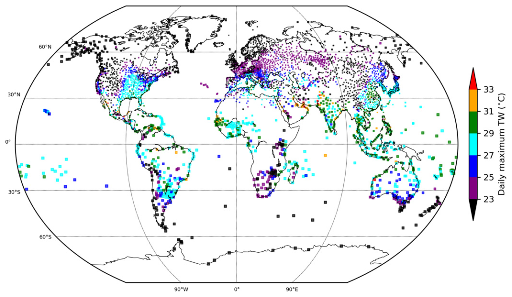 Map showing observed global extreme humid heat. Color symbols represent the 99.9th percentile of observed daily maximum TW for 1979–2017 for HadISD stations with at least 50 percent data availability over this period. Marker size is inversely proportional to station density. Graphic: Raymond, et al., 2020 / Science Advances